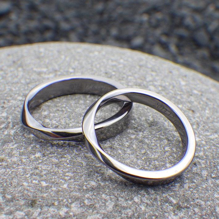 他のどこにもないメビウスの輪のデザイン・タンタルの結婚指輪 Tantalum Rings