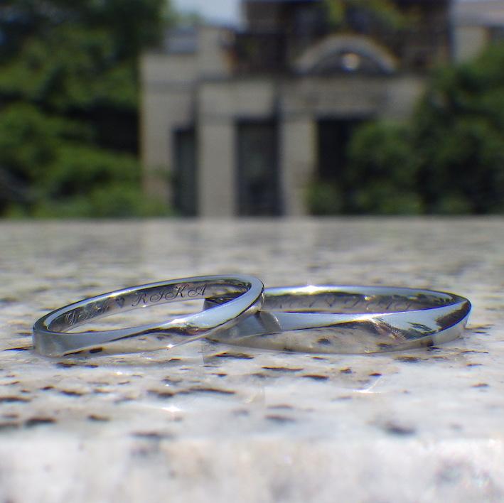 ネジリの曲線が美しいかたち・ハフニウムの結婚指輪 Hafnium Rings
