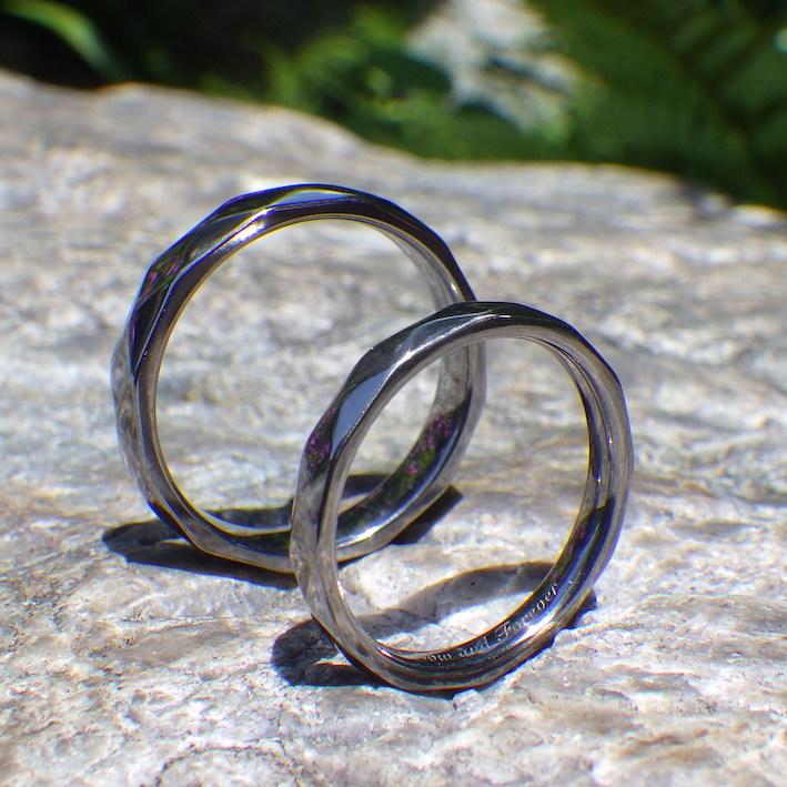 多面体のデザインを削り出し・タンタルの結婚指輪 Tantalum Rings