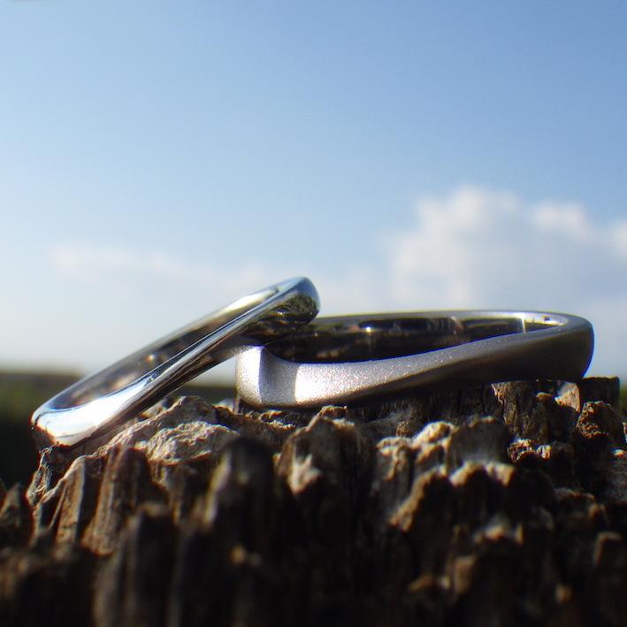 お似合いの雰囲気!ハフニウムとタンタルのペアリング Tantalum & Hafnium Rings