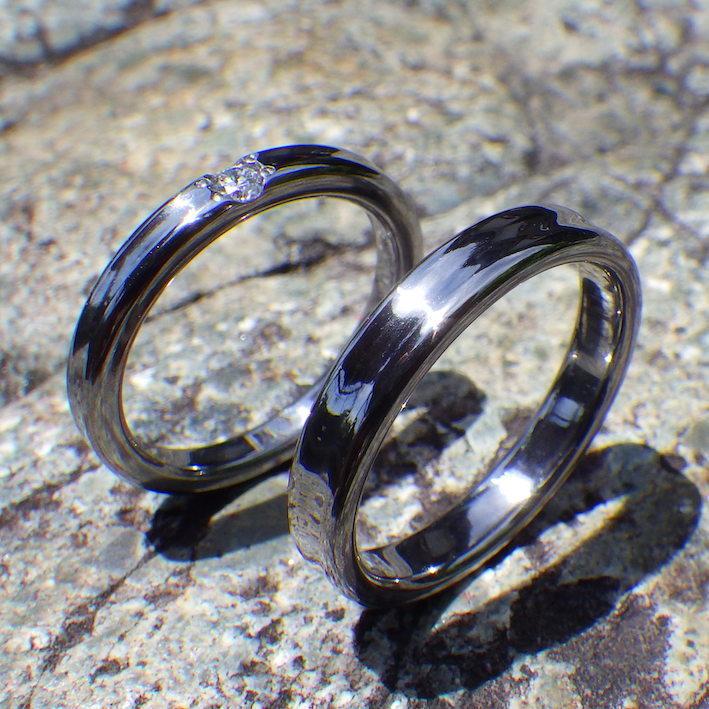 金属アレルギーにならないタンタルの結婚指輪