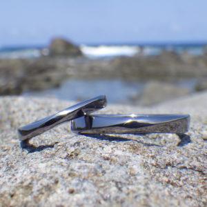 地球からの贈り物・タンタルの結婚指輪 Tantalum Rings
