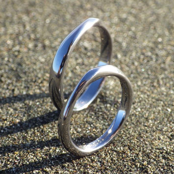 アトピーでも安心して身につけられるタンタルの結婚指輪 Tantalum Rings