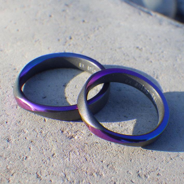 鮮やかなパープルのメビウスの輪・ジルコニウムの結婚指輪 Zirconium Rings