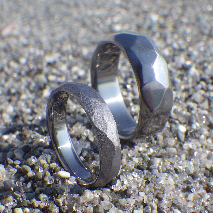 多面体のデザイン・タンタルの結婚指輪 Tantalum Rings
