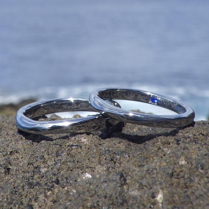 2人でずっと着けられる安心・ハフニウムの結婚指輪 Hafnium Rings