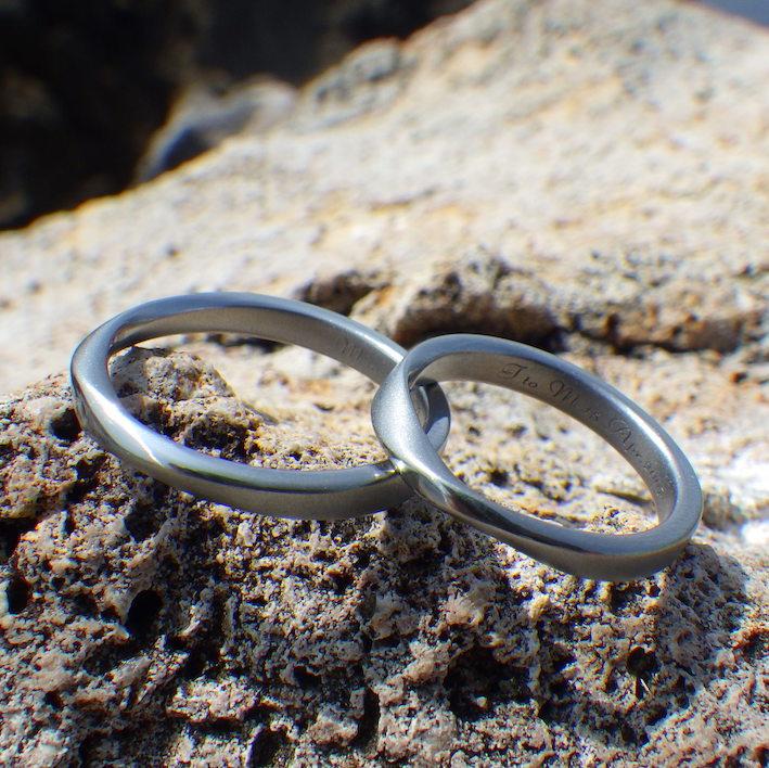 金属アレルギーフリー・メンテナンスフリーのハフニウムの結婚指輪 Hafnium Rings