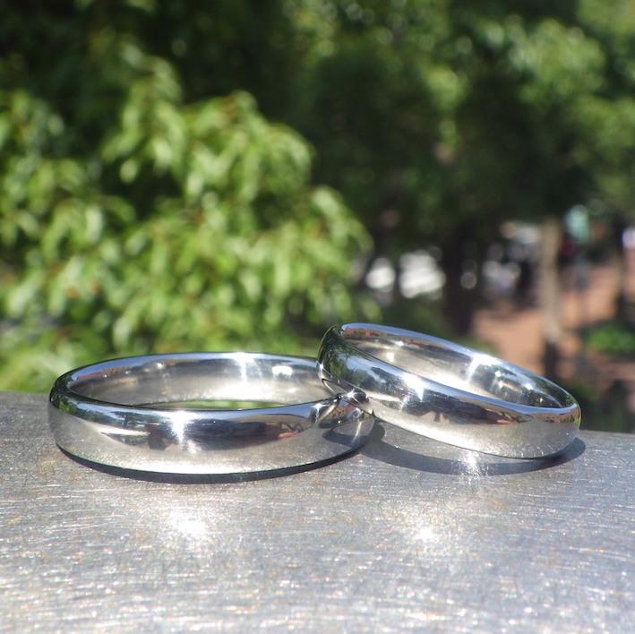 硬くて丈夫な鍛造ハフニウムの結婚指輪 Hafnium Rings