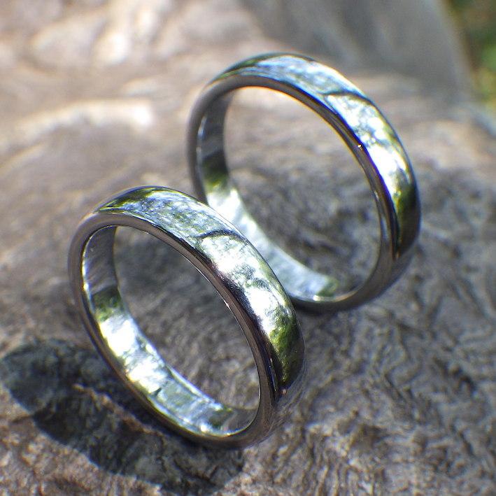 世界で初めて実現!純レニウムの結婚指輪 Rhenium Rings