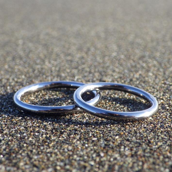 シンプルを極めたセミオーダー・タンタルの結婚指輪 Tantalum Rings