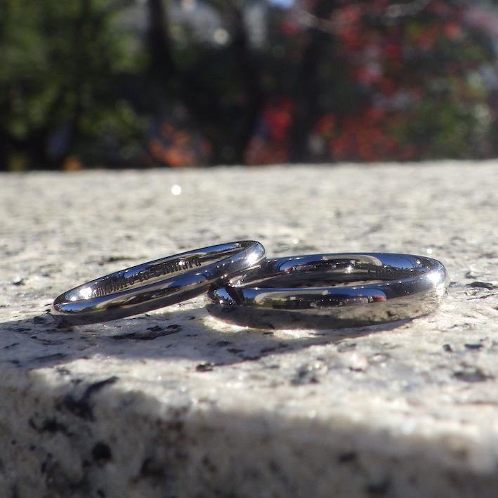 年齢を重ねても、結婚の誇らしさを感じられる結婚指輪 Tantalum Rings