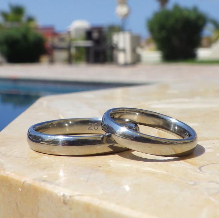 希少だけど最高の素材・ハフニウムの結婚指輪 Hafnium Rings
