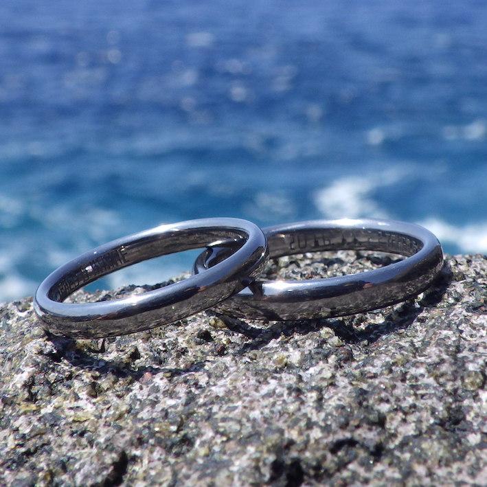 世界の美しさを写し込むタンタルの結婚指輪 Tantalum Rings