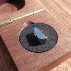 ハフニウムの指輪の端材でペンダントを制作 Hafnium Pendants