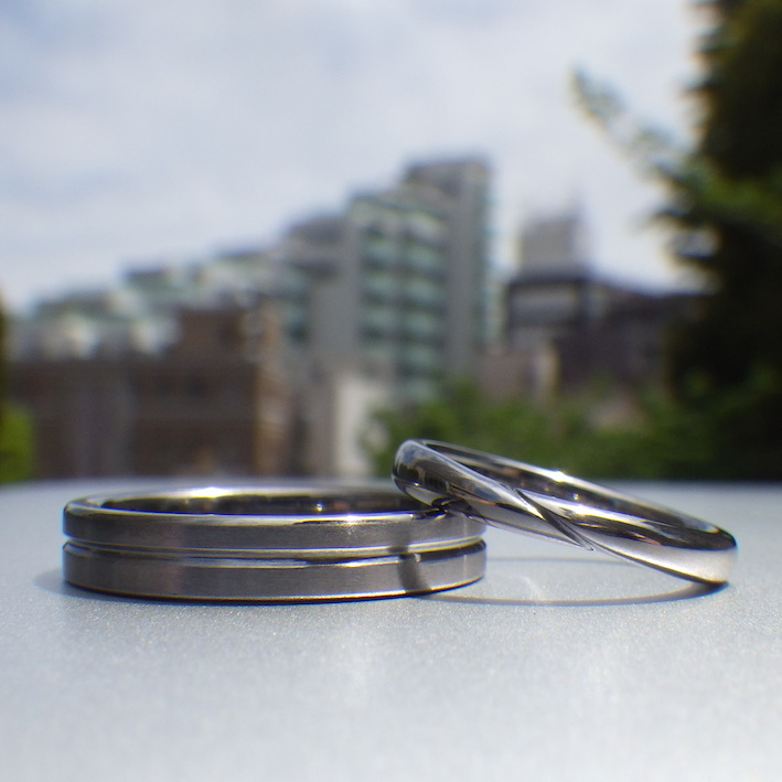 金属アレルギーの心配がない素材・タンタルの結婚指輪 Tantalum Rings
