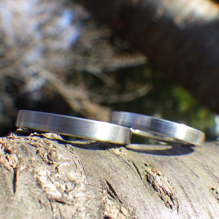 グレートーンの色合わせが絶妙に美しい!異素材を組み合わせた結婚指輪 Tantalum×Hafnium×Platinum Rings