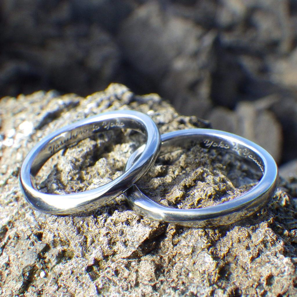 試作を繰り返して吟味したこだわりのかたち・ハフニウムの結婚指輪 Hafnium Rings