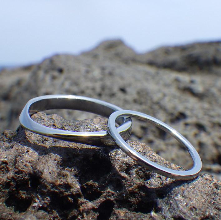 世界でどこも真似できないハフニウムの結婚指輪 Hafnium Rings