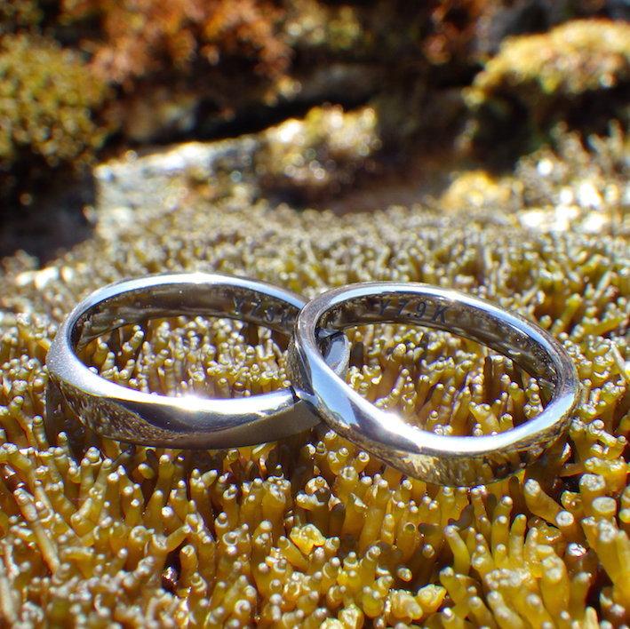 優美なネジリのデザイン・タンタルの結婚指輪 Tantalum Rings
