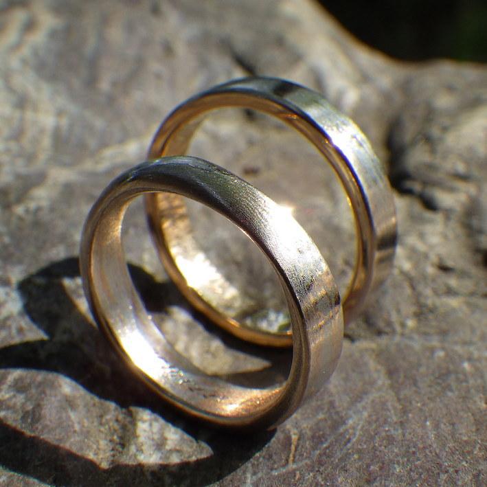 オレンジゴールド20金とプラチナ1000の木目金の結婚指輪 Orangegold20K×Platinum1000 Mokumegane Rings
