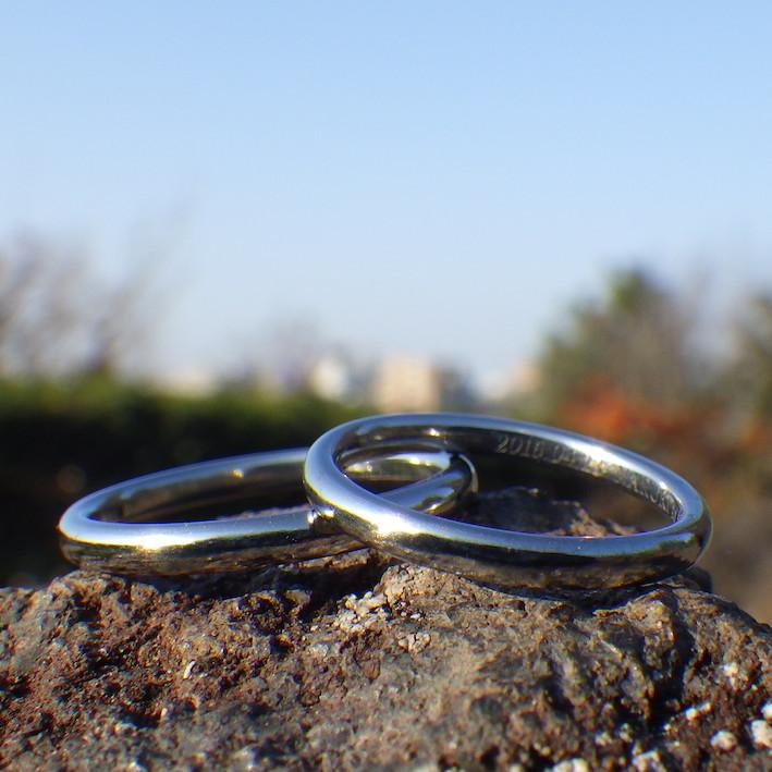 究極にぴったりフィット!ハフニウムの結婚指輪 Hafnium Rings