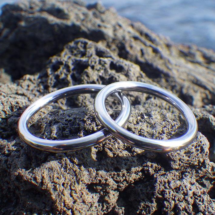 禅問答のような円相をかたちに・タンタルの結婚指輪 Tantalum Rings