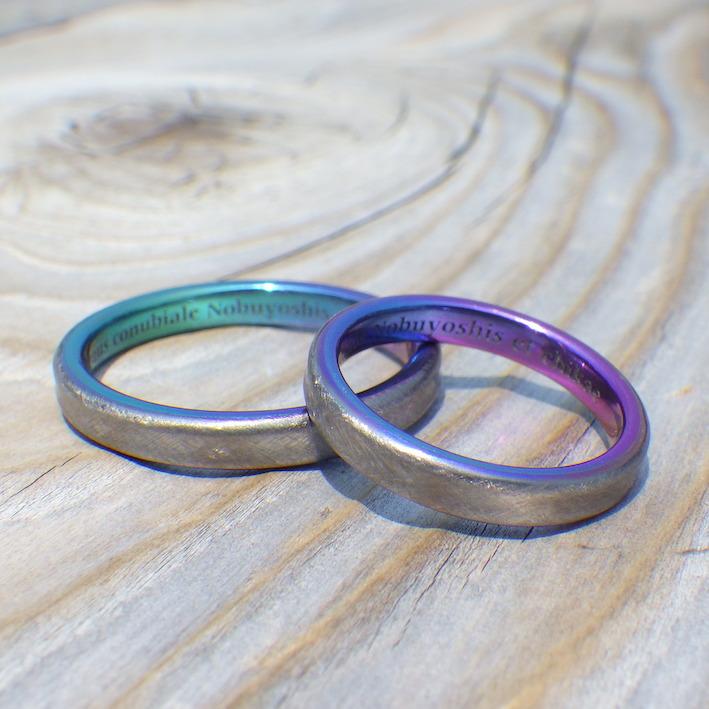 陽極酸化皮膜の鮮やかな発色を活かした結婚指輪 Tantalum & Zirconium Rings