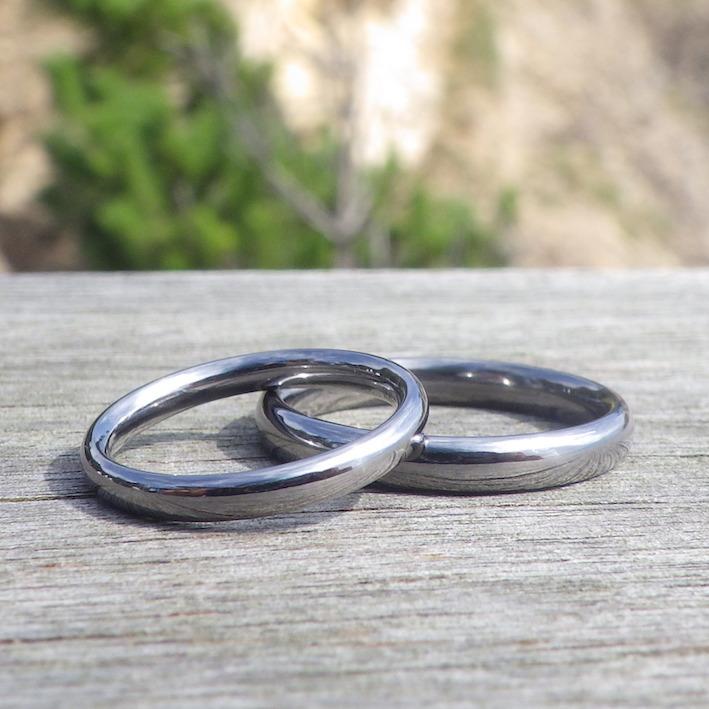 金属元素のテーマパーク!?その中から選んだタンタルの結婚指輪 Tantalum Rings