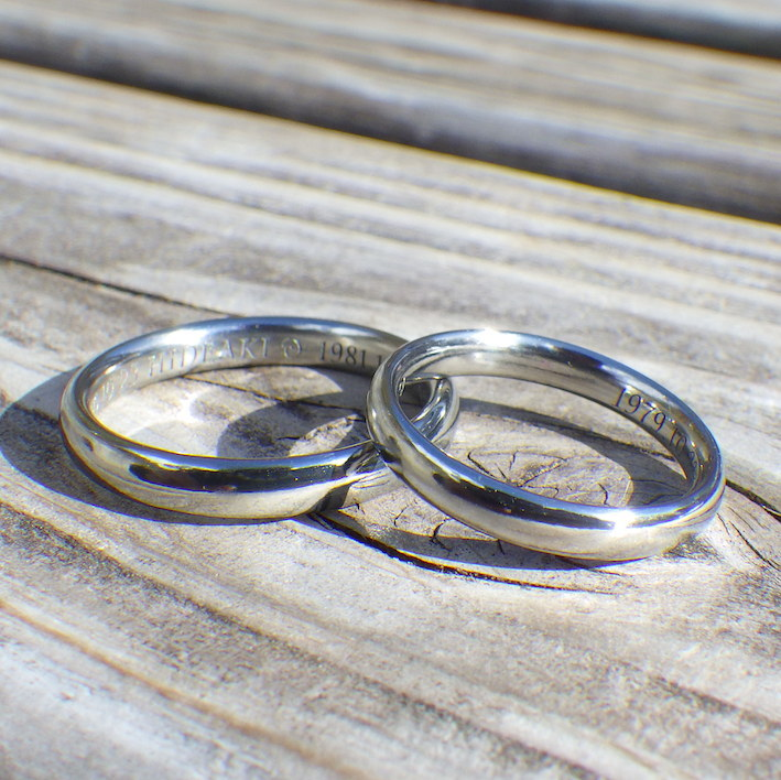 金属アレルギーの心配がないハフニウムの結婚指輪 Hafnium Rings