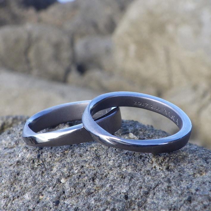 メールオーダーでお作りしたタンタルの結婚指輪 Tantalum Rings