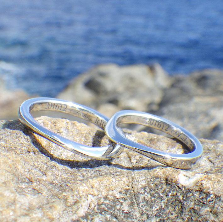 優美な曲線の彫刻・イリジウムの結婚指輪 Iridium Rings