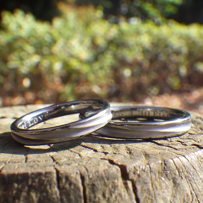 波の彫刻を削り出し・タンタルの結婚指輪 Tantalum Rings