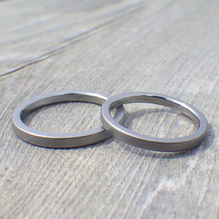 センスのいいシャープなデザイン・タンタルの結婚指輪 Tantalum Rings