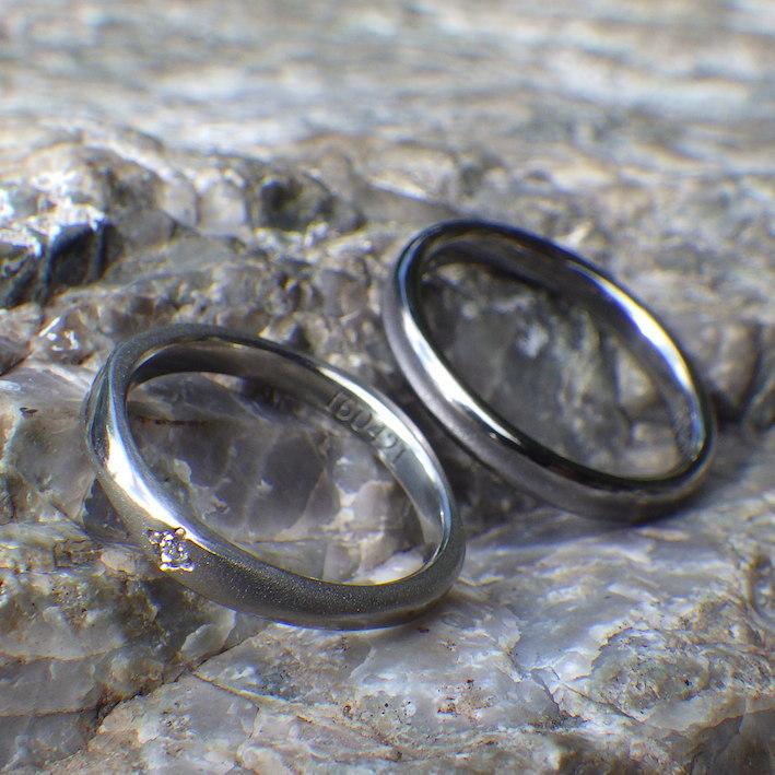 金属アレルギーにならないタンタルとジルコニウムの結婚指輪 Tantalum & Zirconium Rings