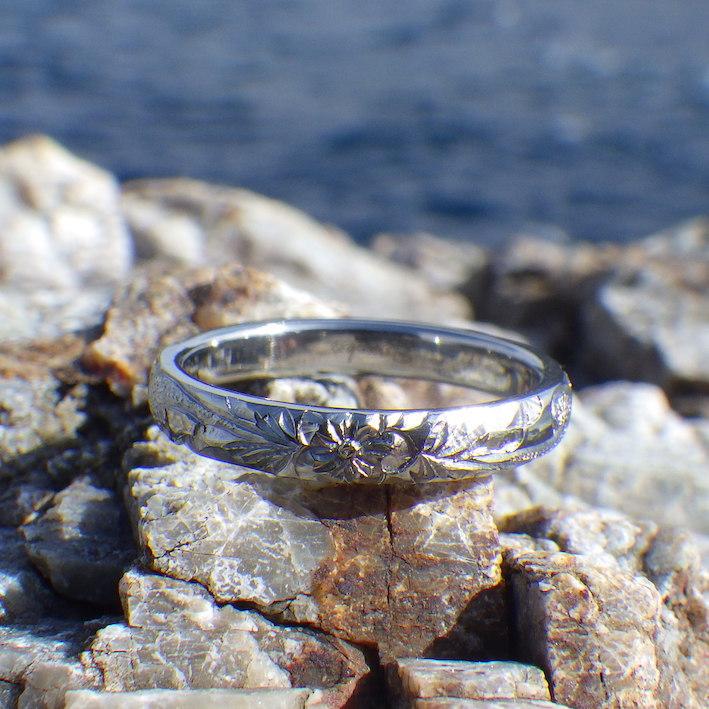 金属アレルギーでも安心なハフニウムのハワイアンジュエリー Hafnium Ring