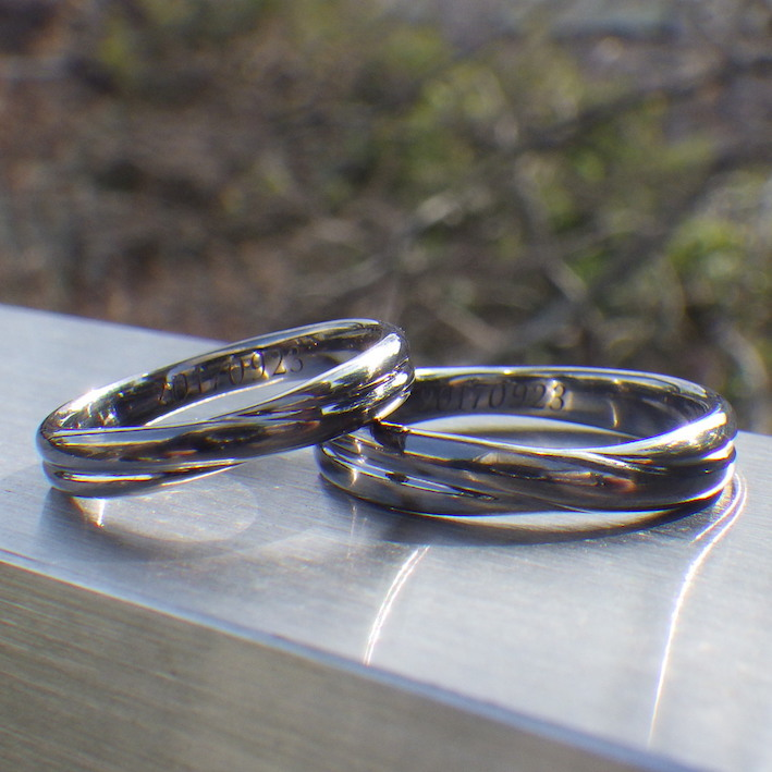 黒い結婚指輪をレアメタル・タンタルの削り出しで制作 Tantalum Rings