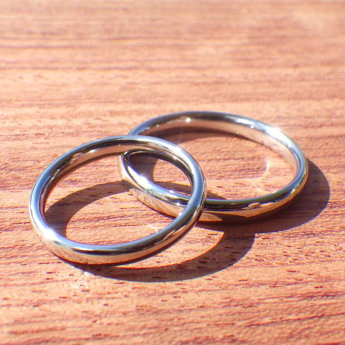 1つのハフニウムの塊から2つのリング・ハフニウムの結婚指輪 Hafnium Rings