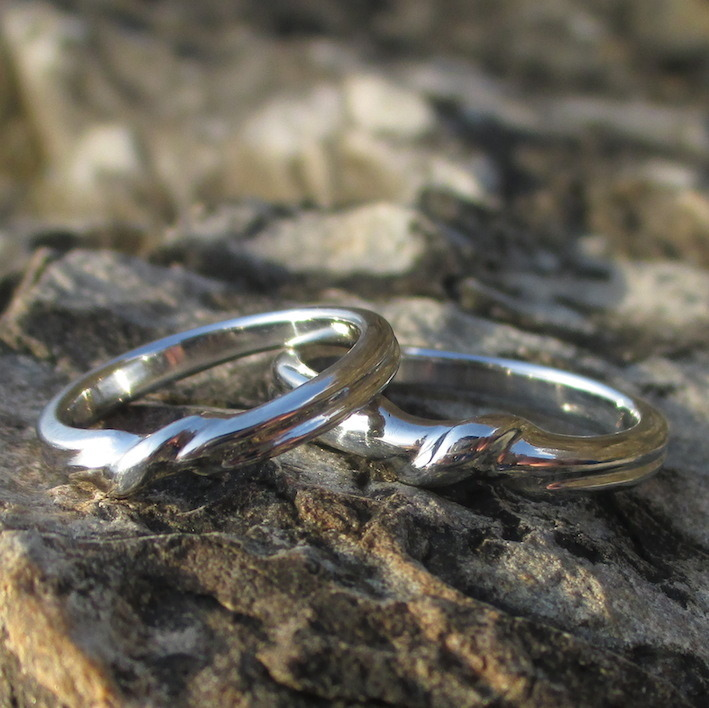 レリーフ彫刻のイリジウムの結婚指輪 Iridium Rings
