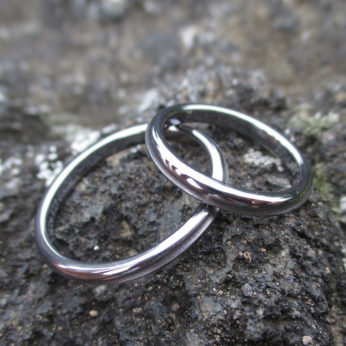 金属アレルギーにならないタンタル素材ペアリング Tantalum Rings