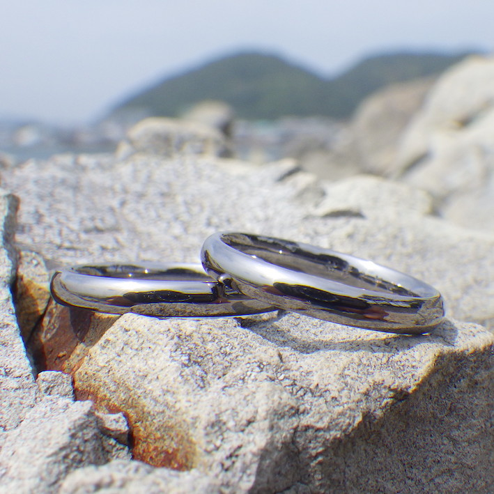 肌が弱い方でも安心して着けられるタンタルの結婚指輪 Tantalum Rings