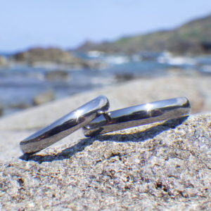 生まれてはじめて着ける指輪・タンタルの結婚指輪 Tantalum Rings