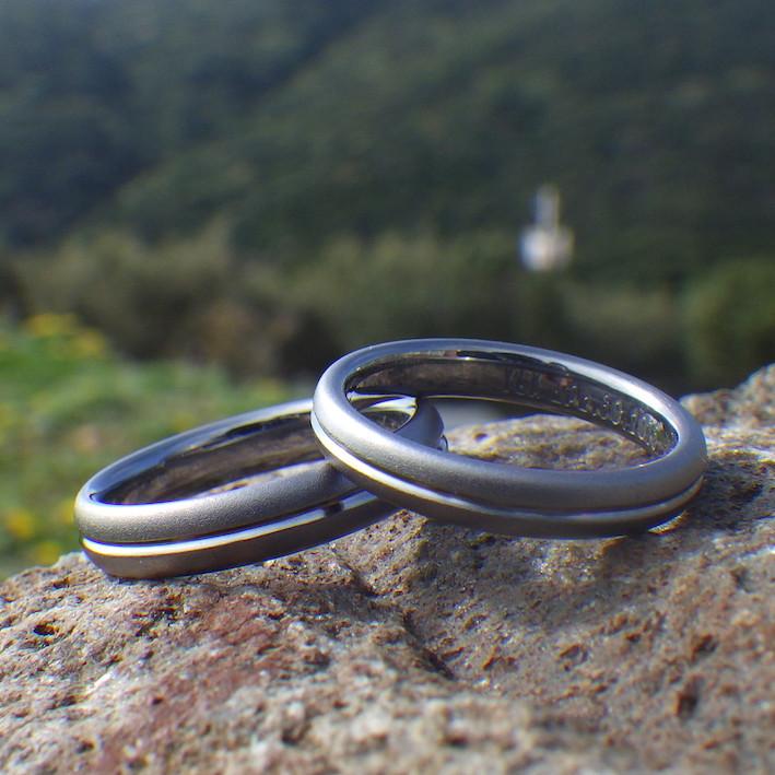 奥さまを想う気持ち・金属アレルギーの心配がない結婚指輪を Tantalum Rings