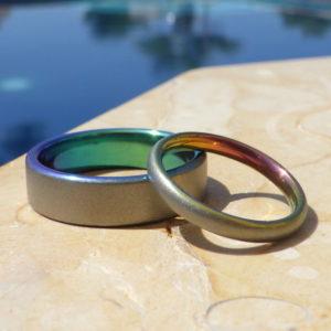 ジルコニウムの陽極酸化発色が美しい!レアメタルの結婚指輪 Zirconium Rings