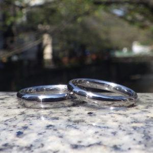 肌への負担を最小限に抑えた、タンタルの結婚指輪 Tantalum Rings