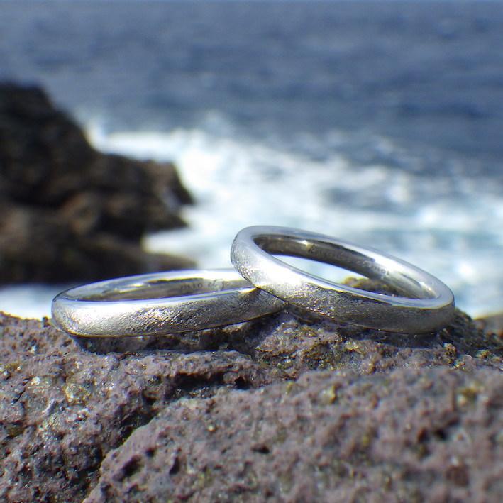 貴金属の王様・イリジウムの結婚指輪 Iridium Rings