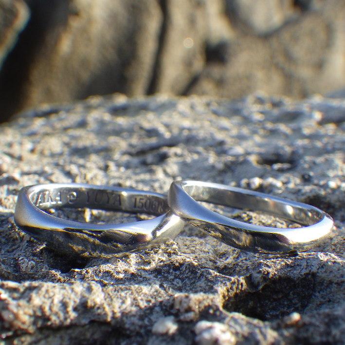 鍛造と切削で作るハフニウムのマリッジリング  Hafnium Rings