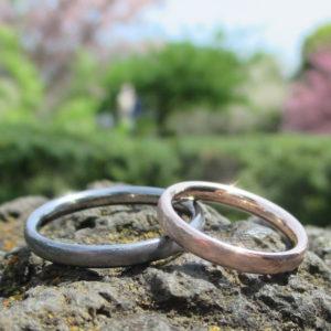 タンタルとピンクゴールドの結婚指輪 Tantalum & Pinkgold Rings