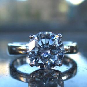 Dカラー・1.059カラットのダイヤモンドのソリティアリング Diamond Solitaire Ring