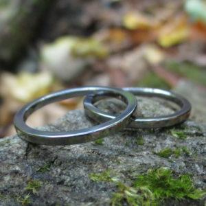 装飾の無いシンプルなデザイン・タンタルの結婚指輪 Tantalum Rings