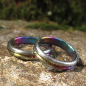 グラデーション発色が美しいジルコニウムの結婚指輪 Zirconium Rings